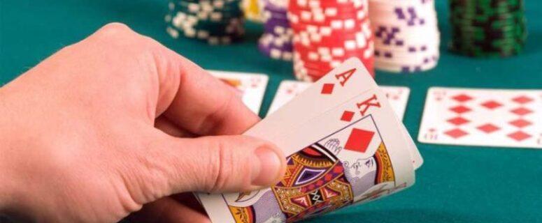 Faktor-faktor yang Menentukan Bankroll Poker Online Anda