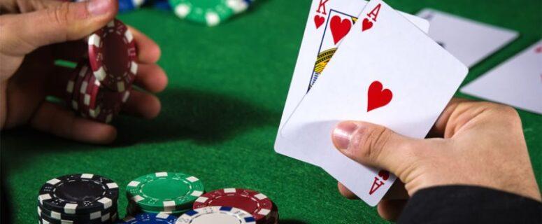 Beberapa Manfaat dan Alasan Bermain Poker Online